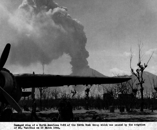 vesuvius again in 1944 bluejayblog